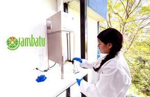 Equipo Destilador de agua de laboratorio