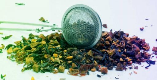 infusión de té con agua pura