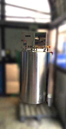 Agua Destilada para trolebus quito